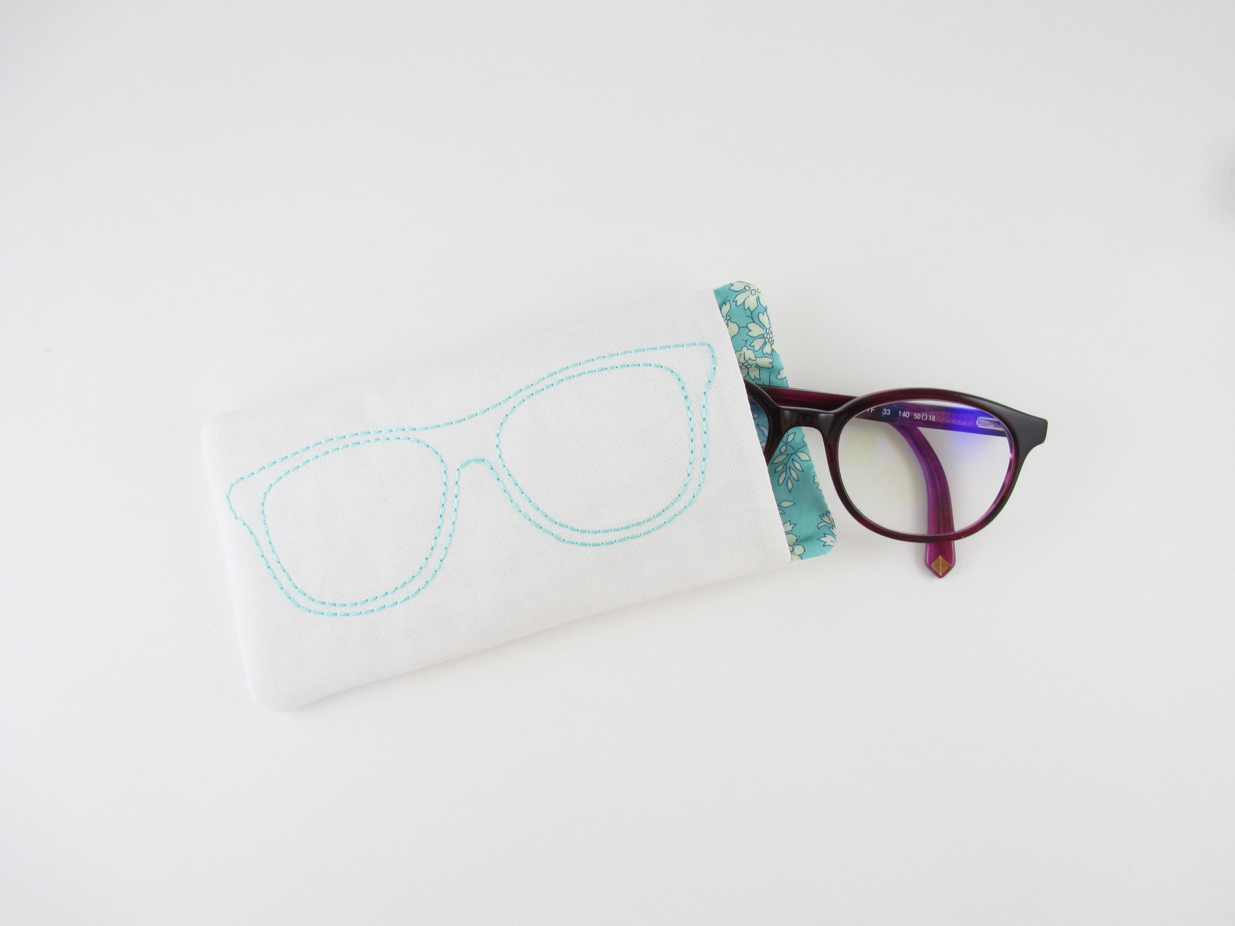 6b3e78ece8710 ... directement ici    https   www.eventbrite.fr e billets-atelier-chasrivari-chez-coudre-paris-creation-dun-etui-a- lunettes-tout-dans-le-cadre-36156995547